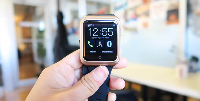 Rwatch R10: A Cheap SmartWatch That Will Surprise You