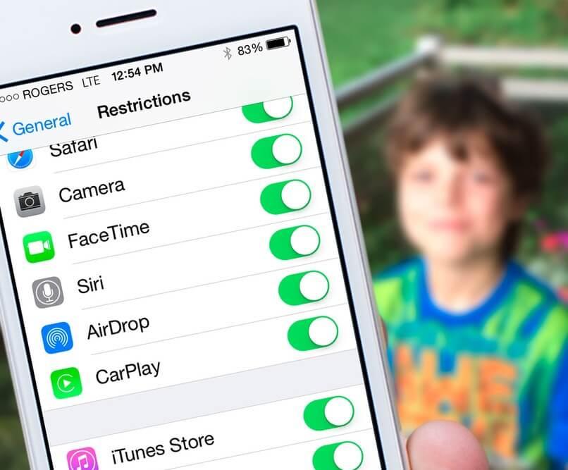 parental_controls_iphone_hero_0